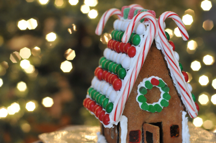 Gingerbread House Cupcakes And Cashmere